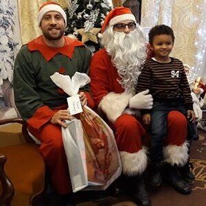 """Vodovodov"" Deda Mraz obradovao i mališane iz projekta ""Nevidljiva deca"""